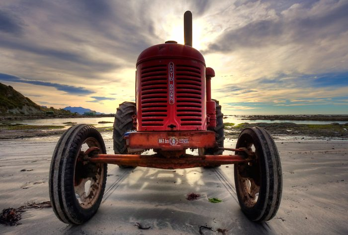 Kaikorua Tractor At Armers Beach